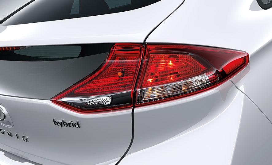 Luces traseras tipo LED. Hyundai Ioniq